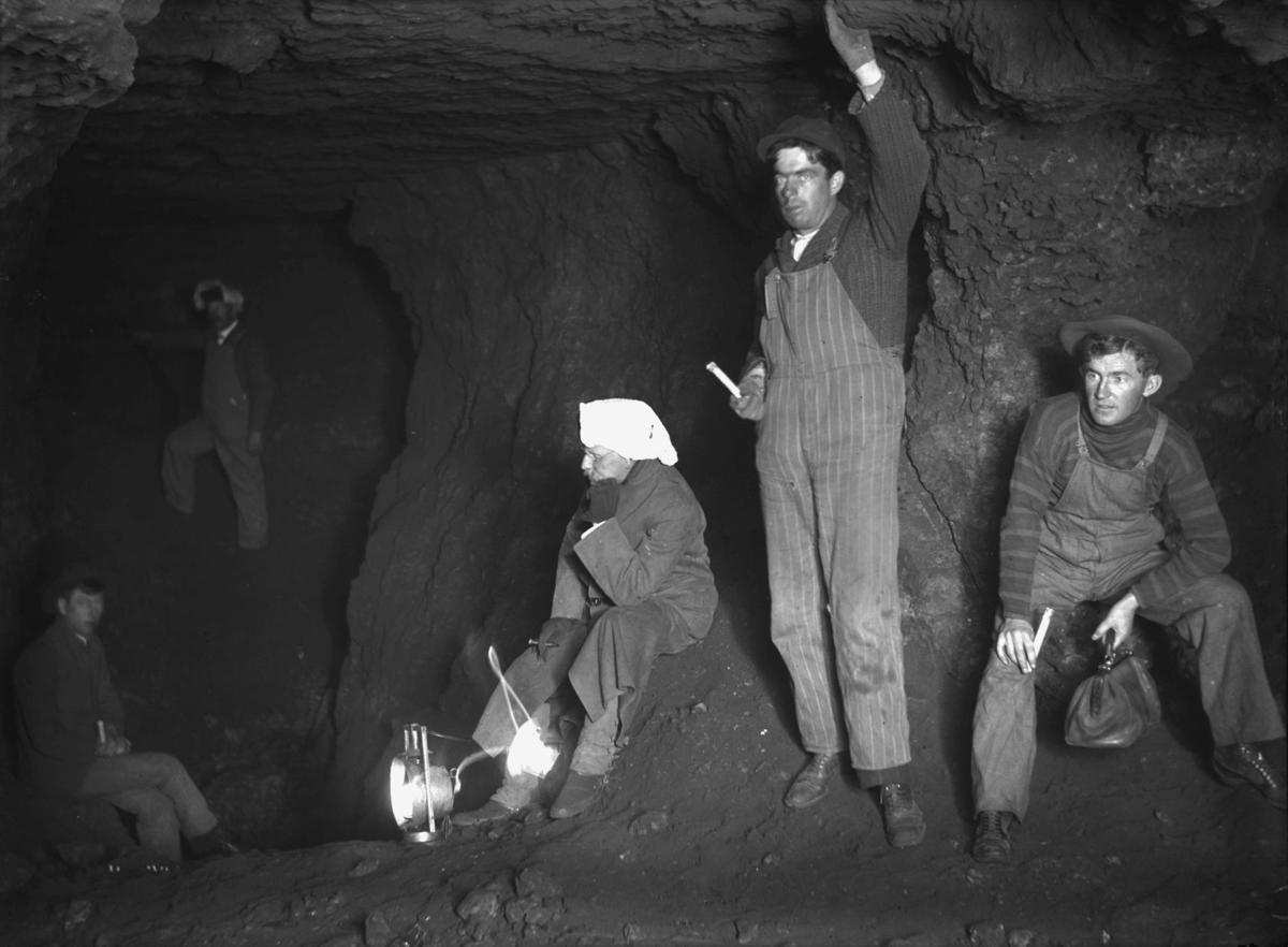 Mining - Miners with Candles and Lanterns