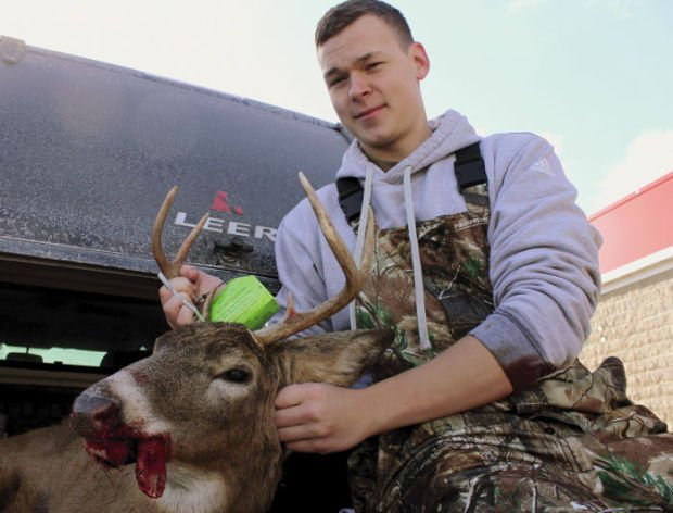 Aaron Miles deer