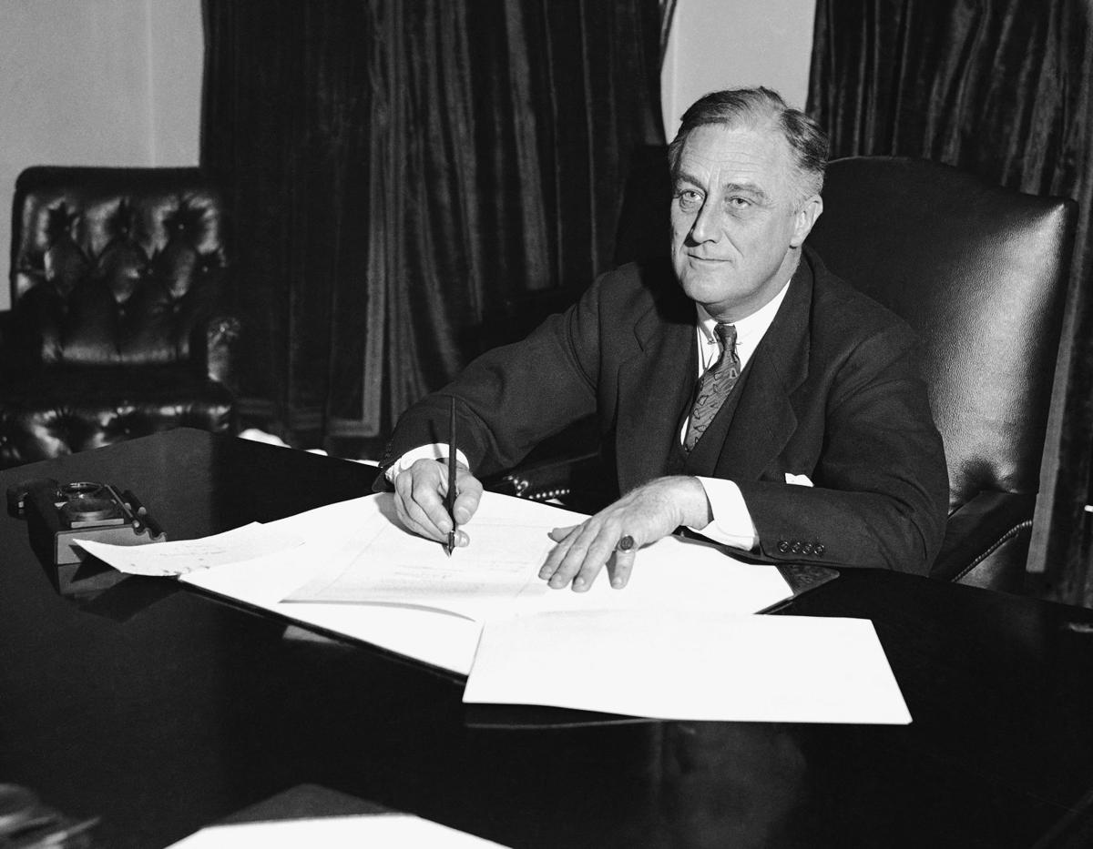 president franklin d roosevelt letter essay Roosevelt, franklin delano 1882-1945 american statesman the thirty-second president of the united states of america, roosevelt is considered among the greatest political leaders of the twentieth.
