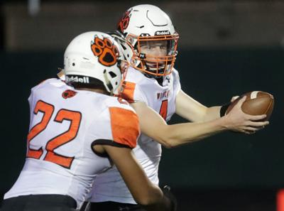 Middleton vs Verona Big Eight Conference football game