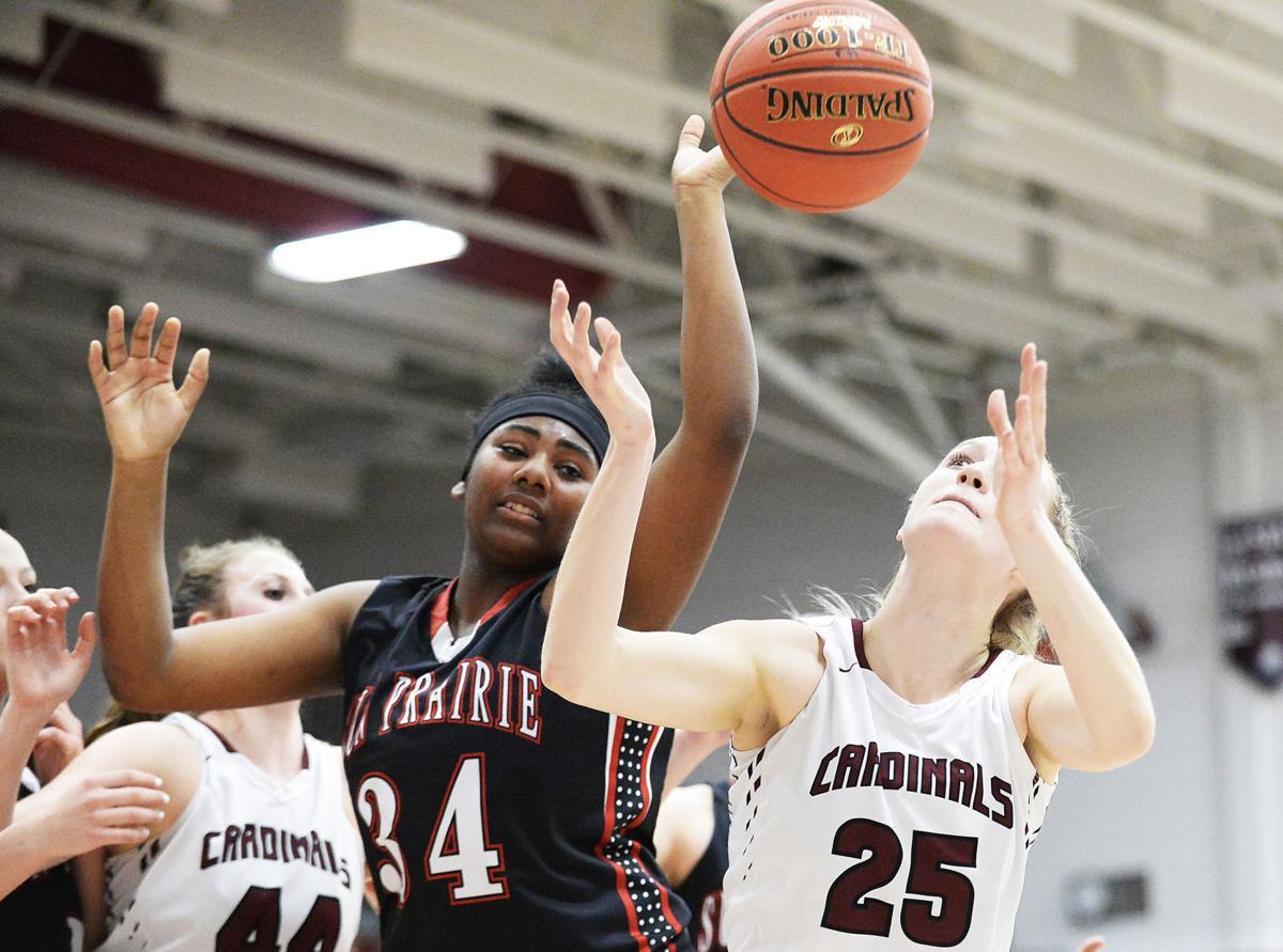 Sun-Prairie-at-Middleton-Wisconsin-girls-high-school-basket.