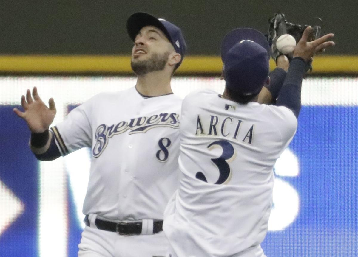 brewers jump photo 8-2