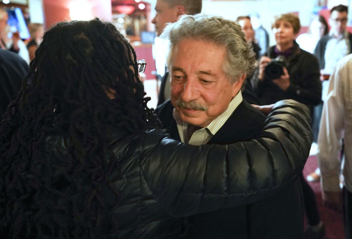 Soglin loses mayor's race