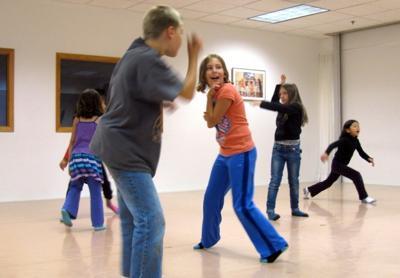 dancing kids