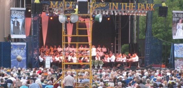 Opera in the Park 2011 main