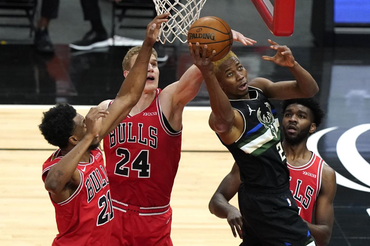 Bucks jump image 5-16