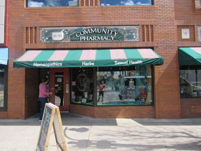 Is Madisons Mallatts Pharmacy Making >> Community Pharmacy Makes Plea For More Business Madison Wisconsin