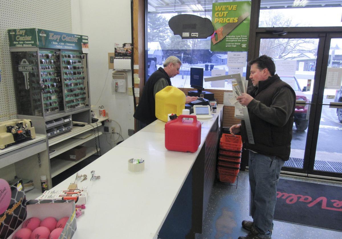 Poynette hardware store closing