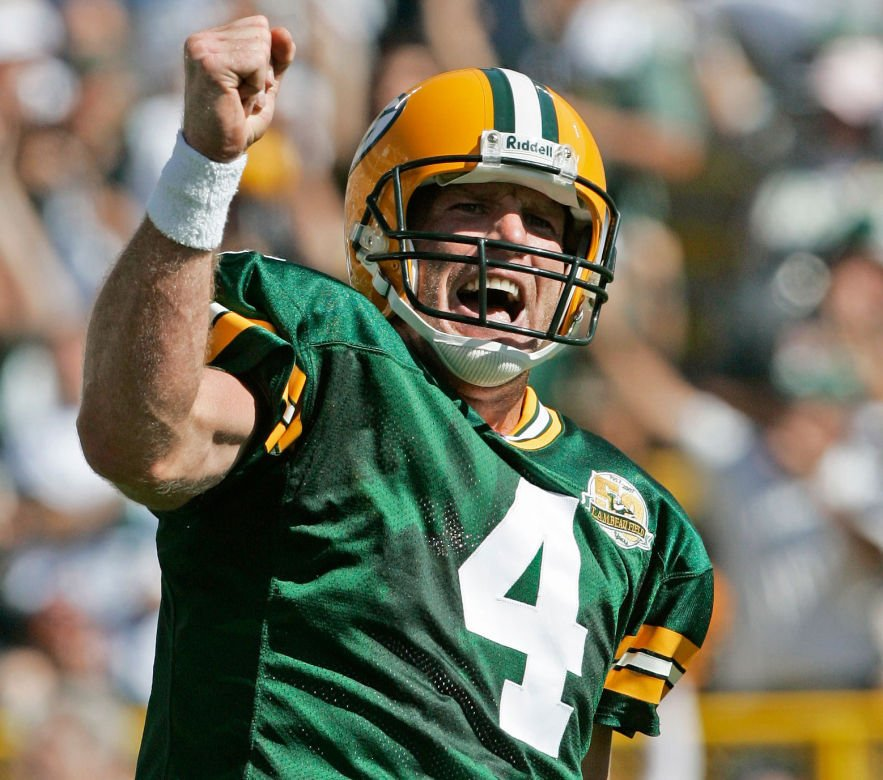 Packers: Brett Favre's Hall of Fame career was about big risks at big  moments | Pro football | madison.com