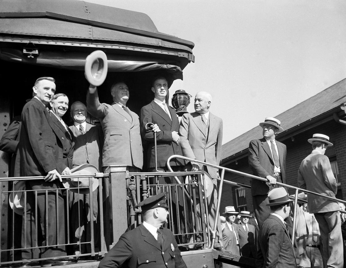 Franklin Delano Roosevelt campaigns in 1936 (copy)