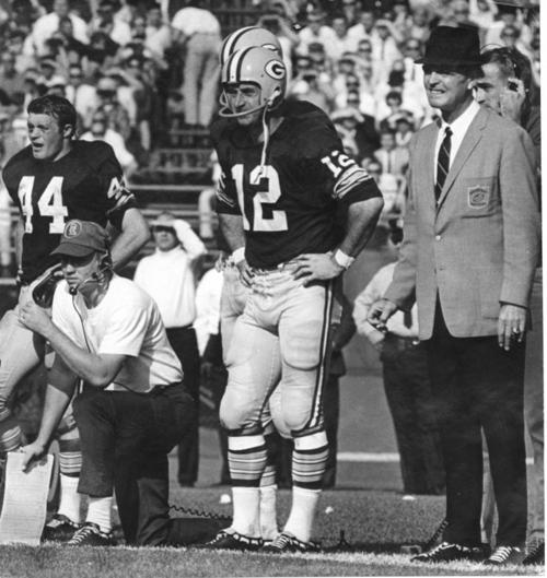 Packers' Zeke Bratkowski, Phil Bengston