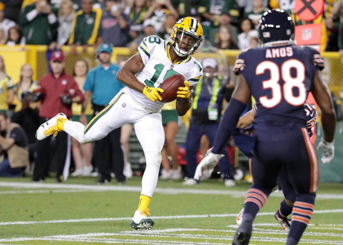 Packers Aaron Rodgers Throws 4 TD Passes As Green Bay Routs Chicago Bears
