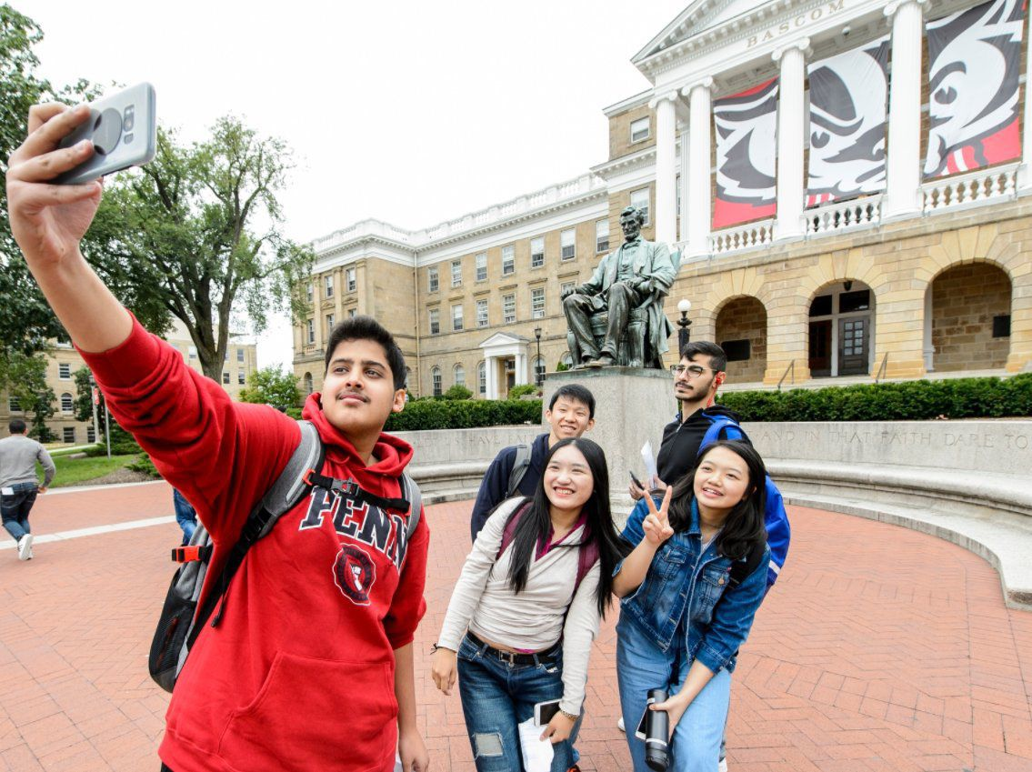 UW Summer international students