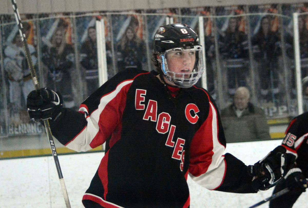 Prep boys hockey photo: Sauk Prairie's Riley Jelinek