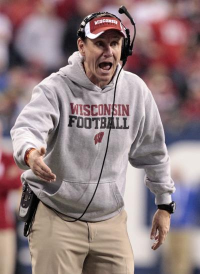 Gary Andersen yells to his players in Big Ten title game, Ohio State photo