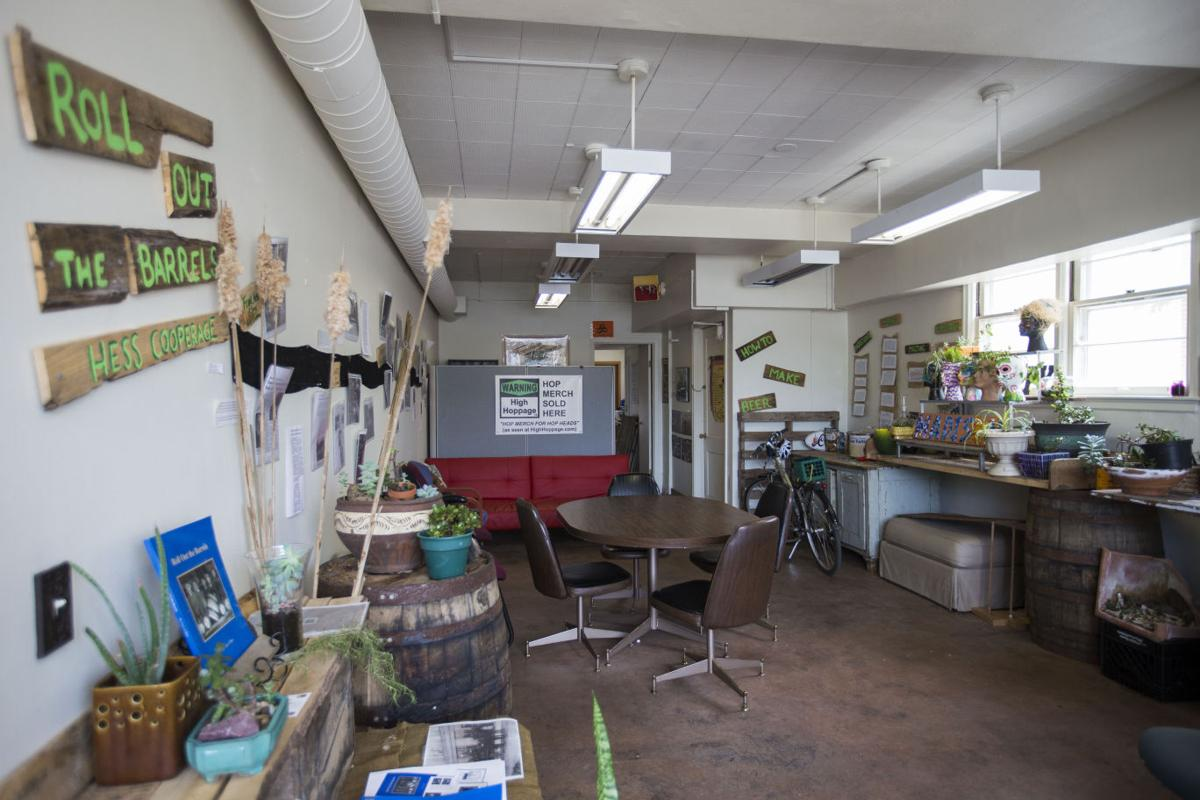 COWORKING-MAY-07-05202016160352
