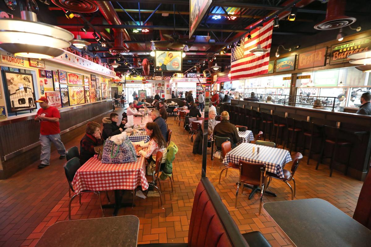 Portillo's interior