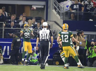 Aaron Rodgers-Jared Cook photo