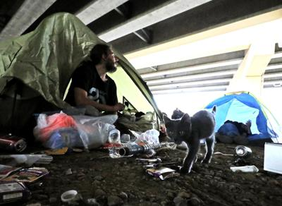 Llewellyn King: The energy executive and the homeless -- sleeping on concrete