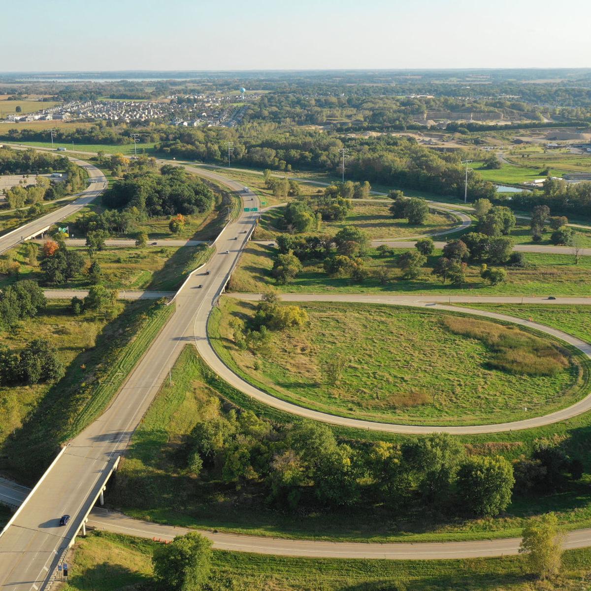 Critics call WisDOT's preferred plan for I-39/90 at Beltline 'brand