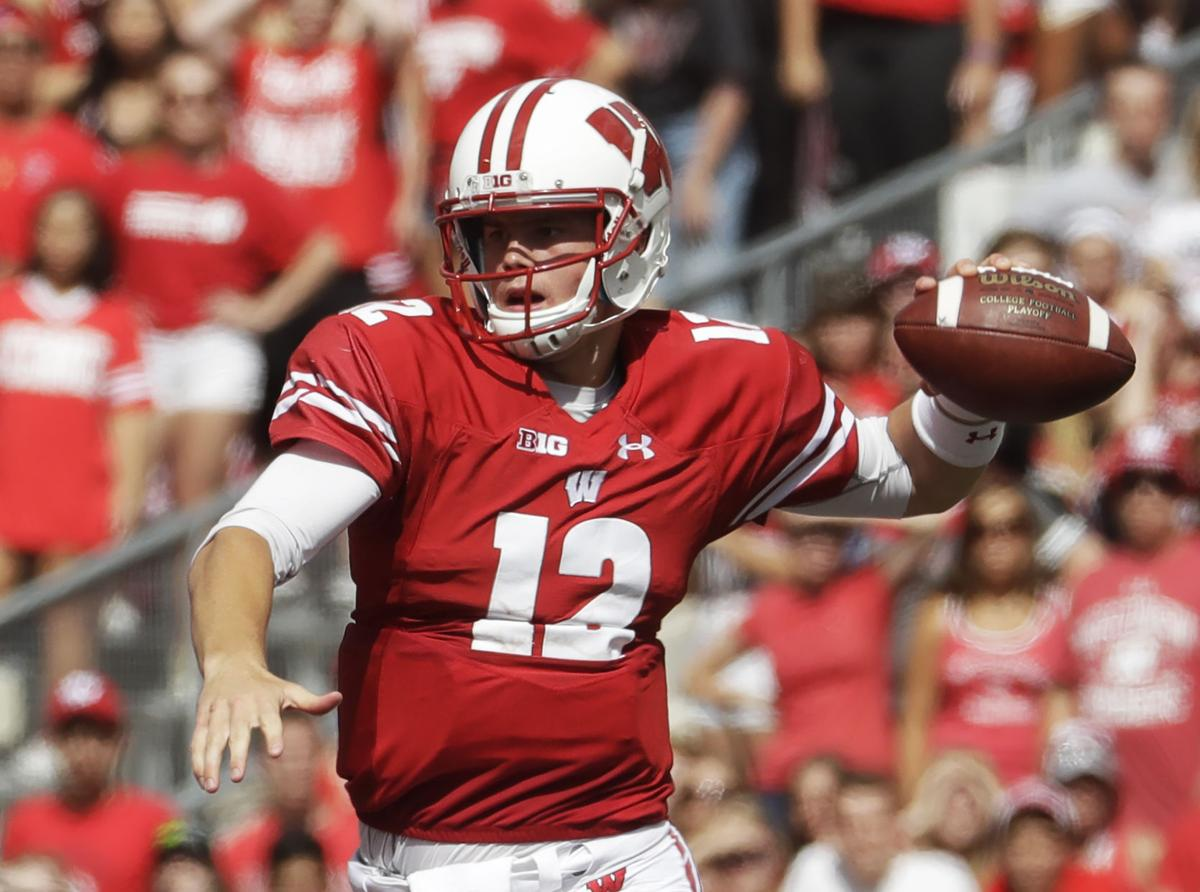 best loved abde9 37439 Badgers football: 'Sponge' Alex Hornibrook goes about his ...