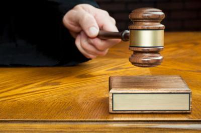 judge court gavel