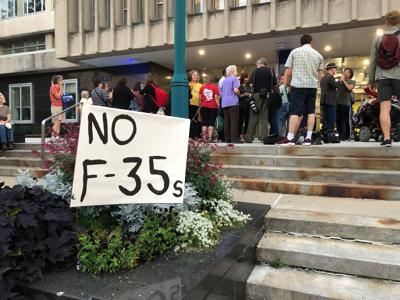 City Council meeting on F-35 proposal
