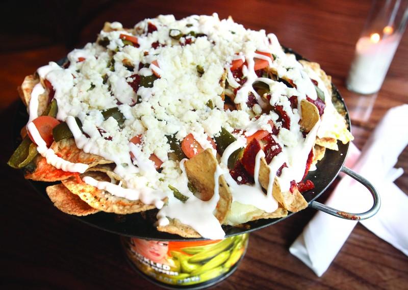 King & Mane nachos