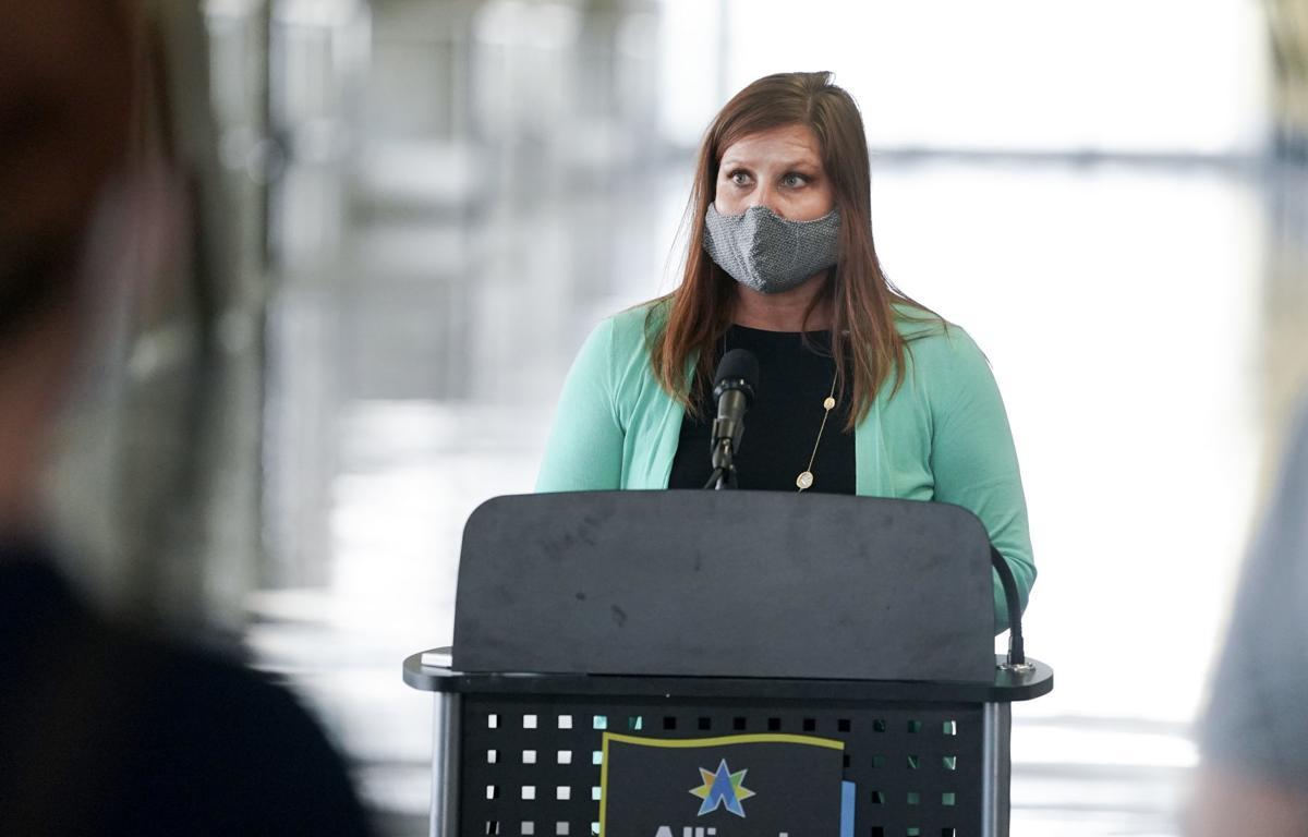 News conference on masks