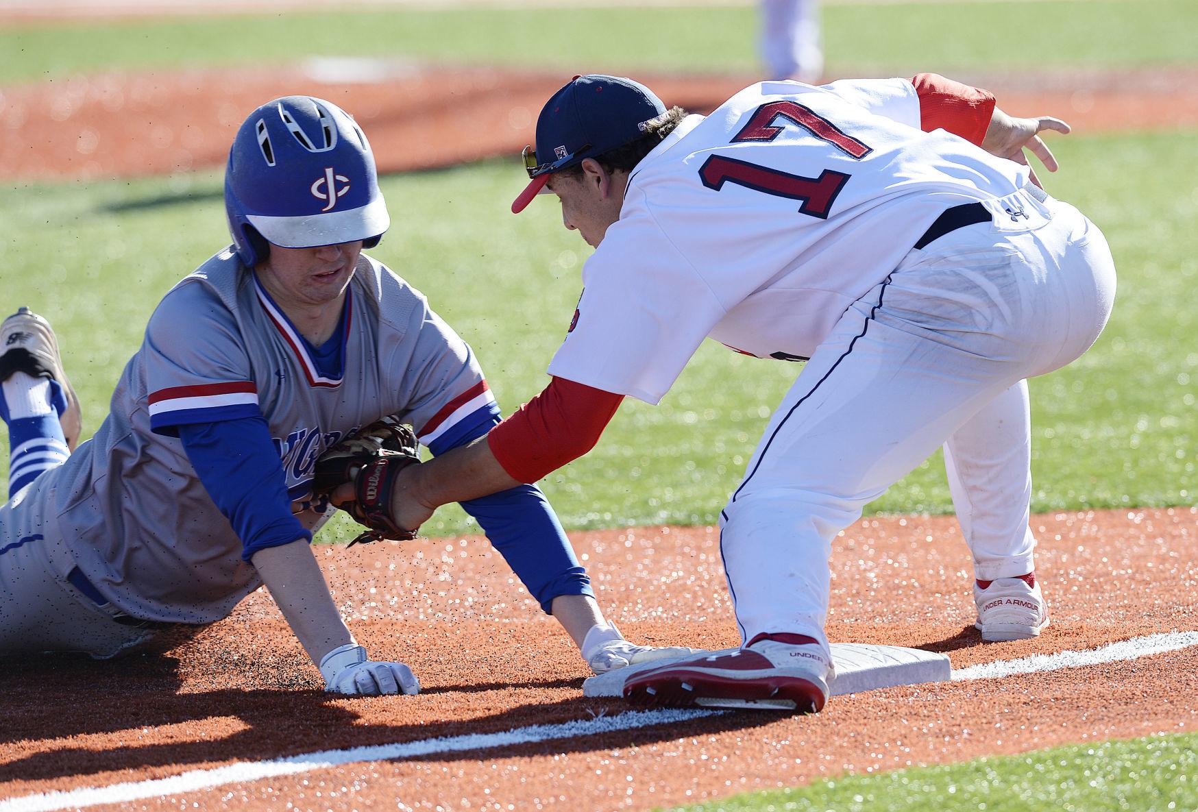 WIAA state baseball photo: Sun Prairie's Liam Moreno