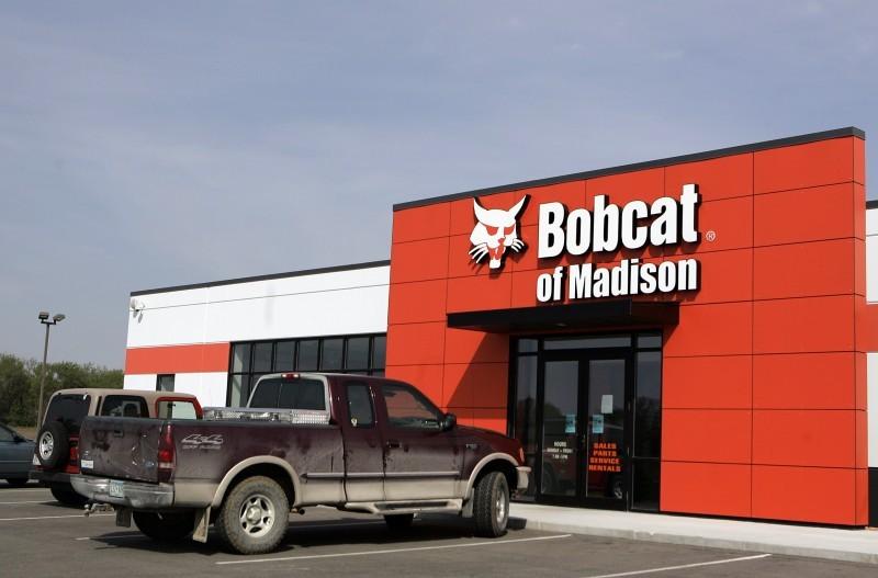 Bobcat of Madison draws new customers with award-winning new