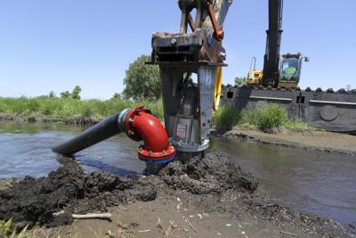 Dane County begins 'Suck the Muck' project to remove phosphorus