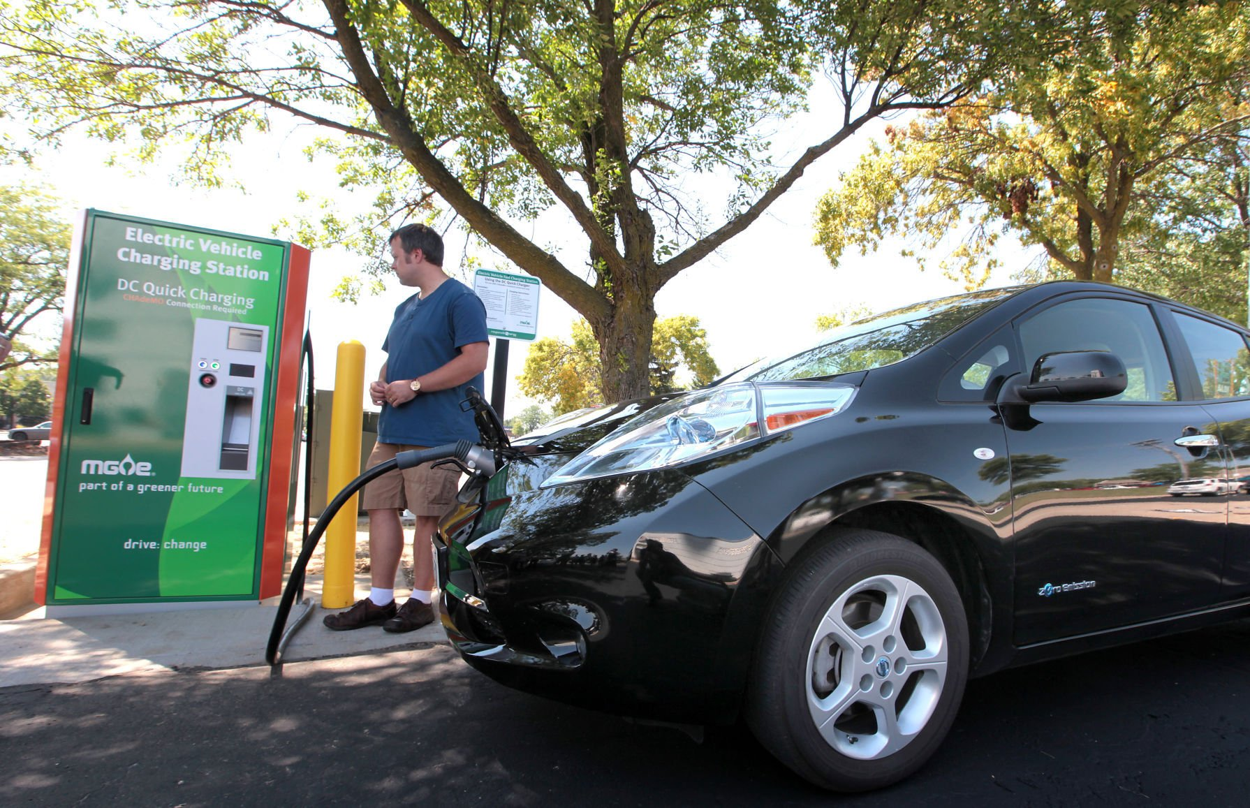Nissan Leaf Electric Vehicle Charging, State Journal Photo (copy)