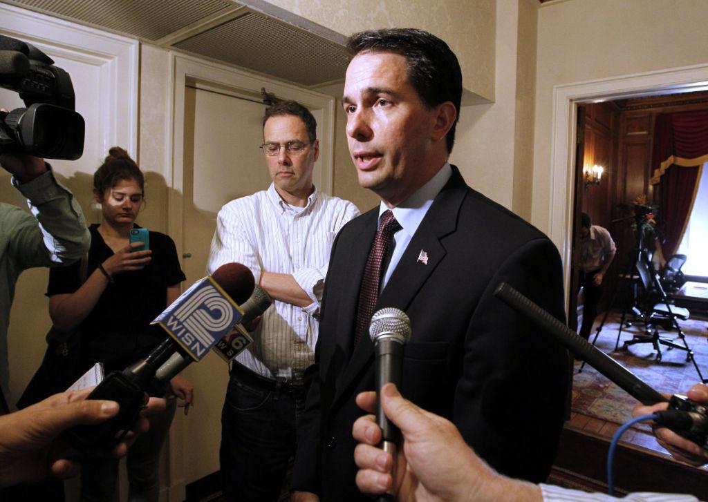 Gov. Scott Walker answers John Doe questions