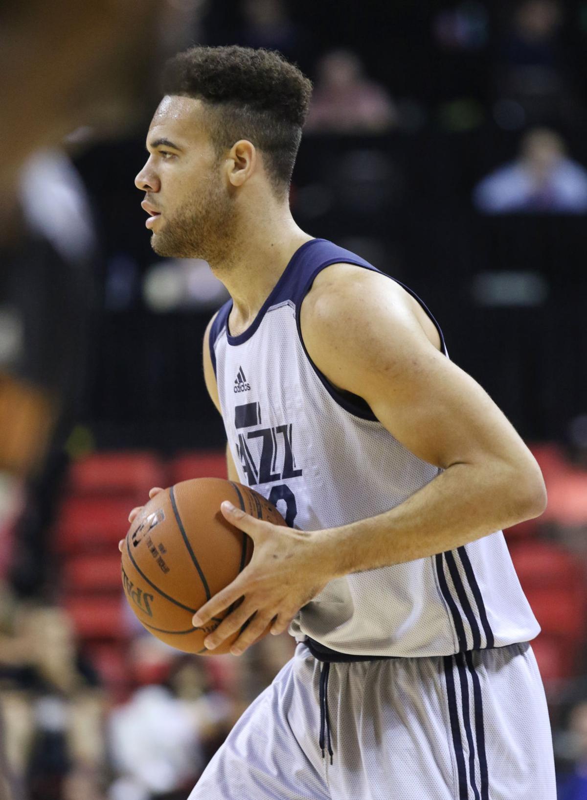 Bucks Milwaukee Signs Orlando Johnson J J O Brien To Training Camp Roster Basketball Madison Com