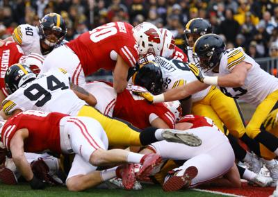 b895be2b4 Concussion concerns prompt more Badgers to leave football | Local ...