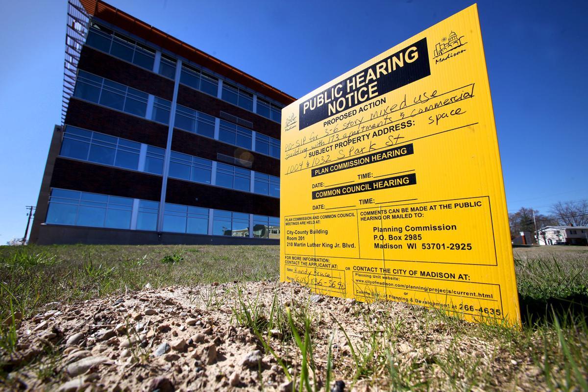 APARTMENT BUILDING 1-04232015165121