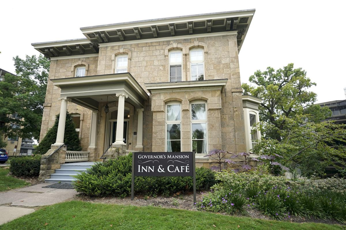 Governor's Mansion Inn & Cafe