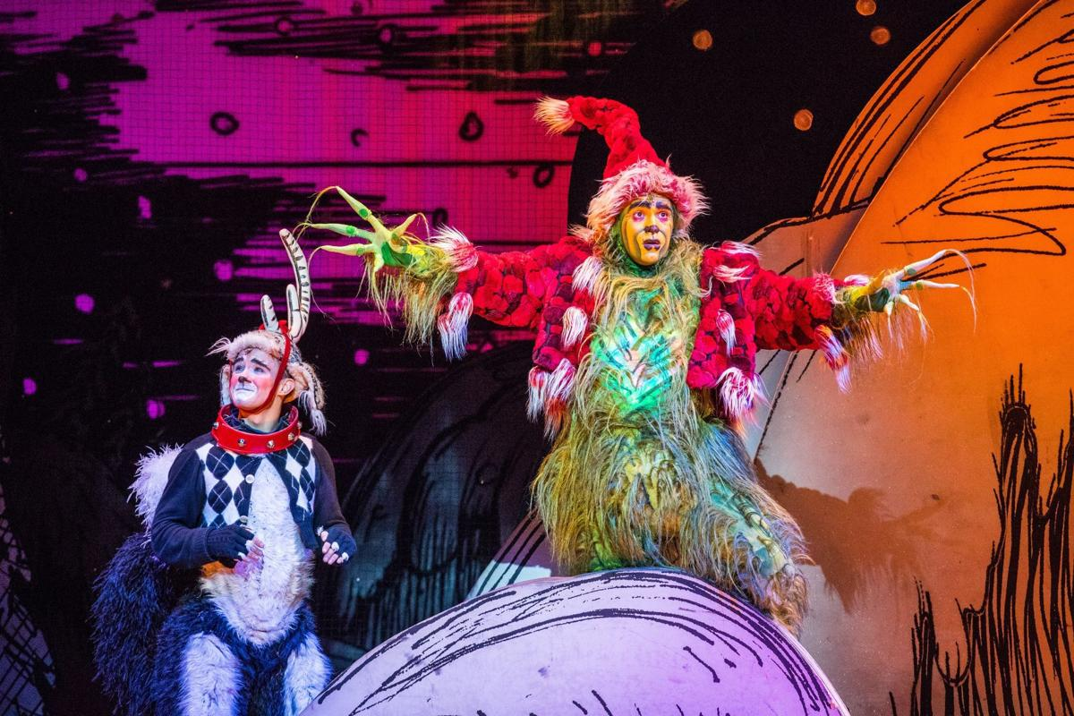 How The Grinch Stole Christmas Musical.Theater Review The Grinch Steals Into Overture Hall On
