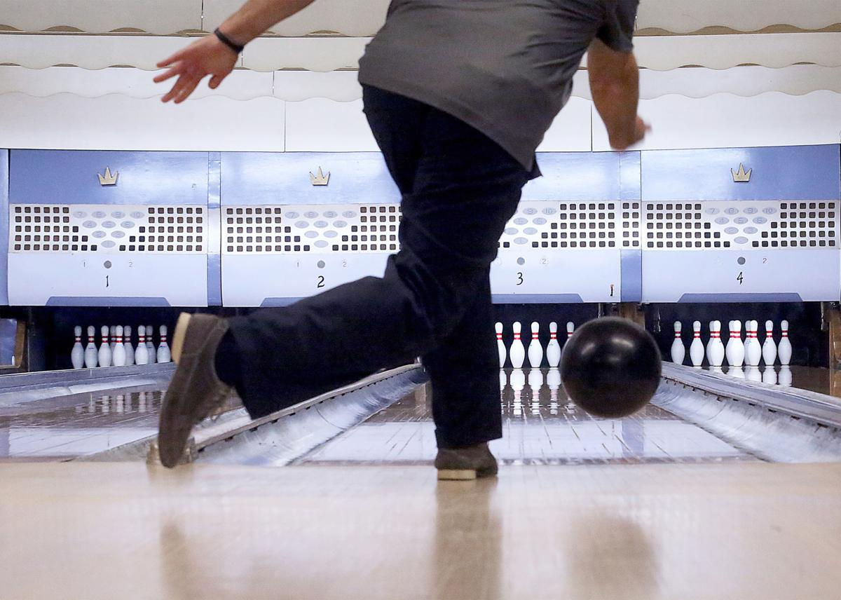 Take A Tour Through Some Of Wisconsins Vintage Bowling Centers