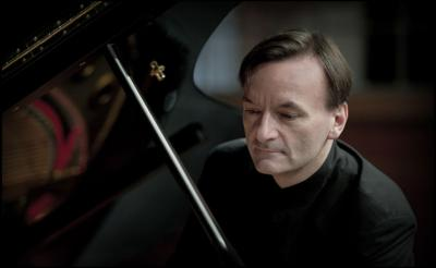 Stephen Hough with the MSO 2017