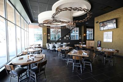 Tangent Makes For Handy Hangout Dining Reviews Madison Com