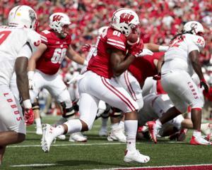 Badgers football freshman redshirt tracker