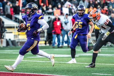 WIAA state football: Racine Lutheran's Tyler Tenner scores
