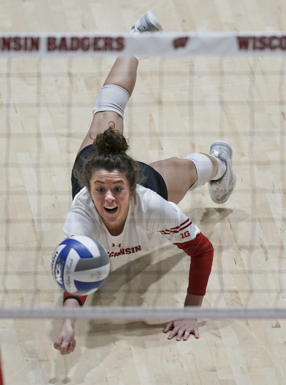 volleyball jump page photo 12-7