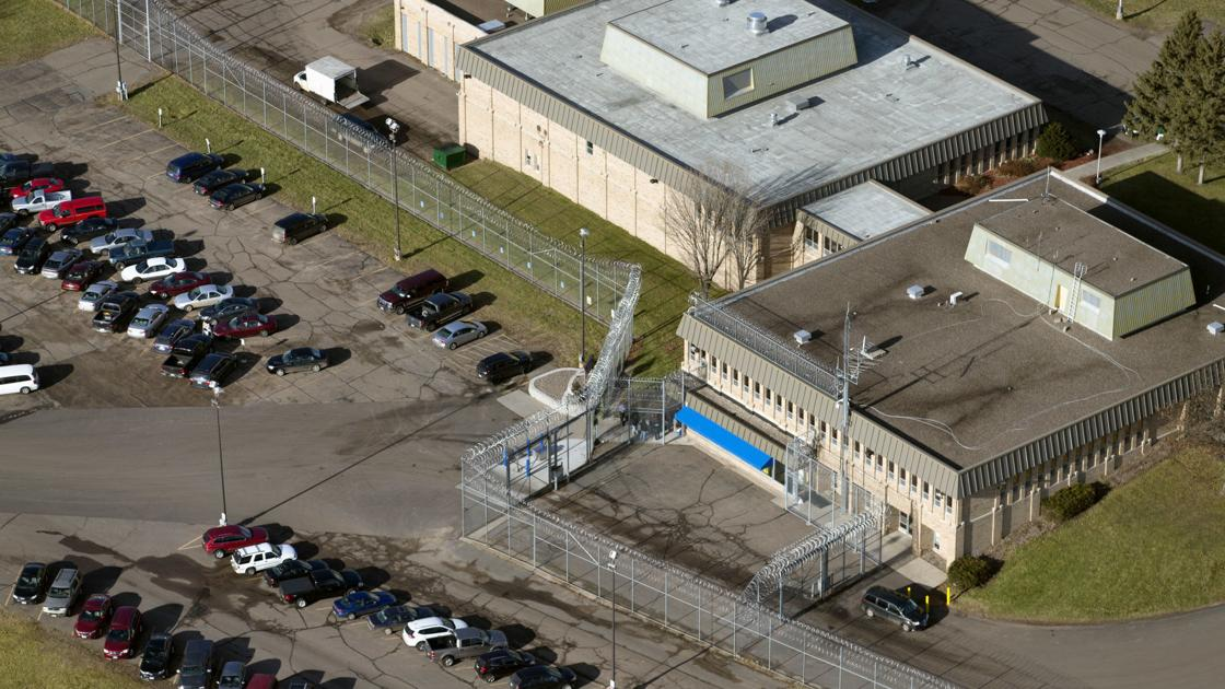 State Building Commission approves funds for four county-run juvenile justice centers.