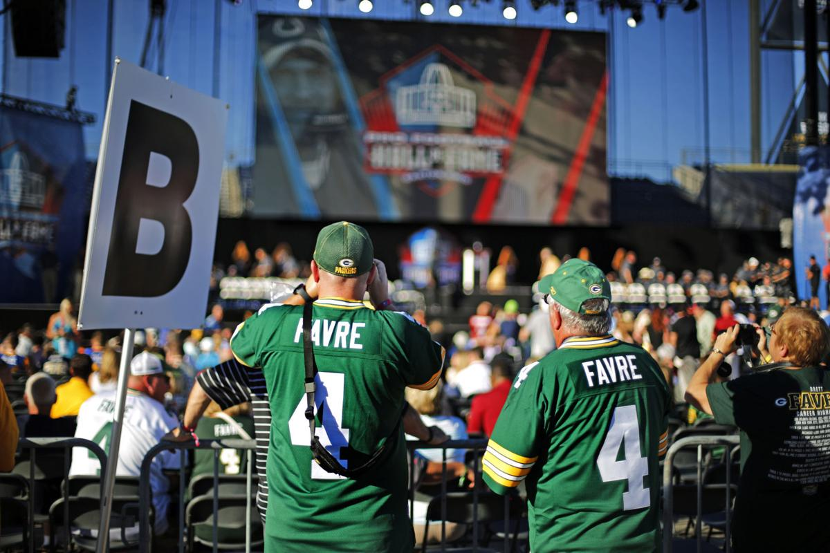 best service c977a 6ff06 Packers: Green Bay fans take over Canton as Brett Favre ...