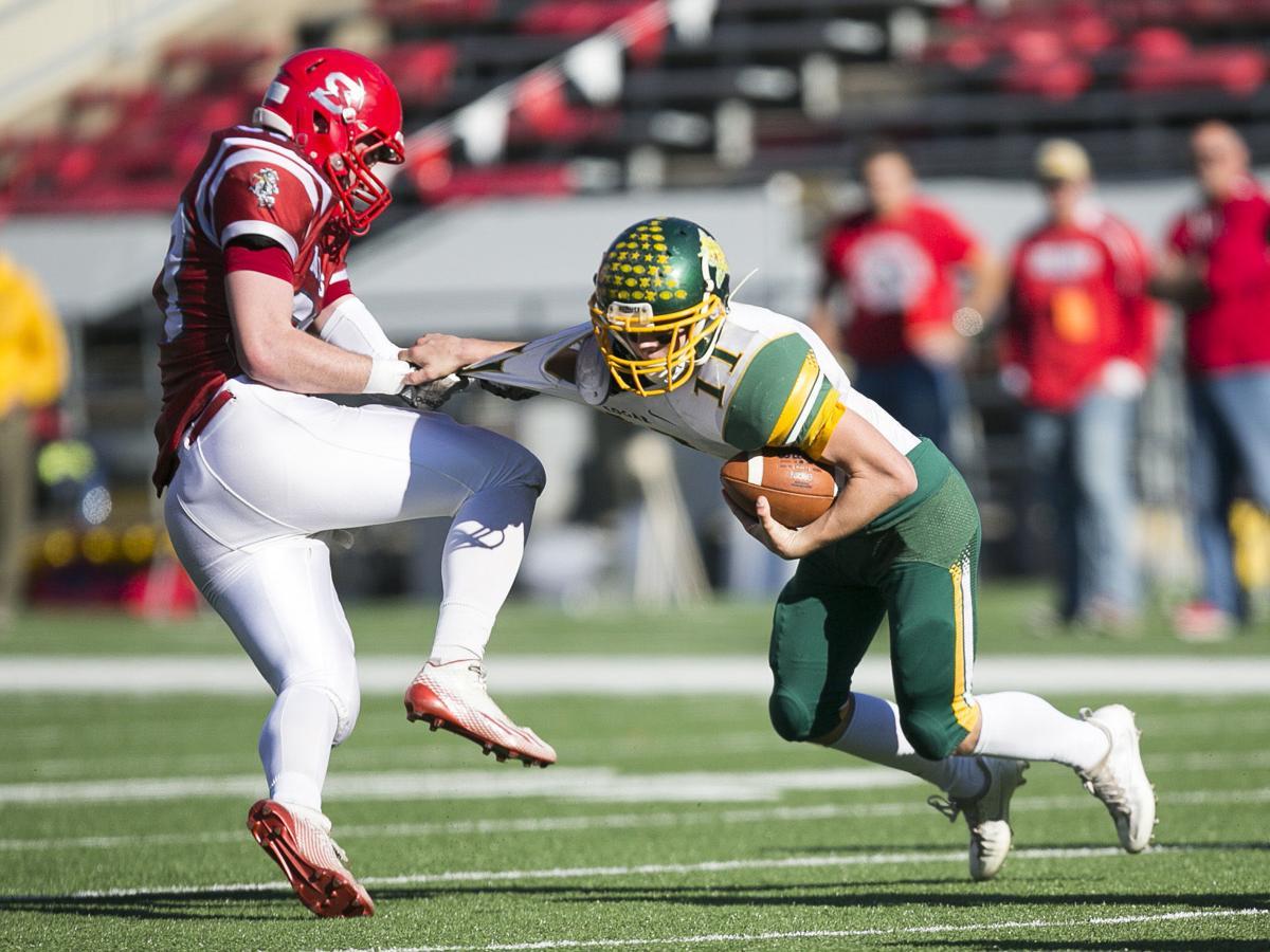 WIAA state football: Edgar's Karson Butt