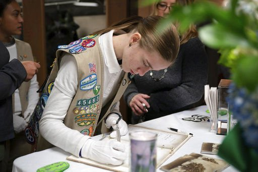 Wisconsin town mourns Girl Scout, mom killed in hit-and-run