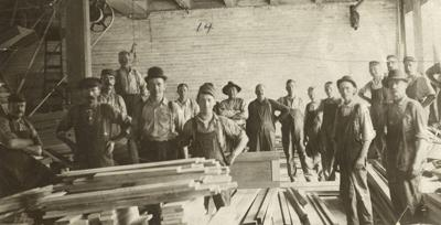 Manufacturing workers in Madison, 1895